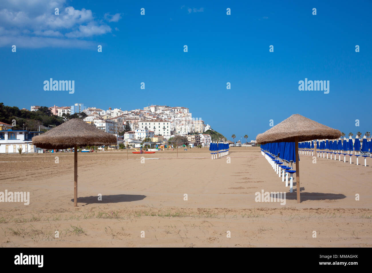 Rodi Garganico (Puglia, Italy) - View of the little picturesque village in south Italy from the beach - Stock Image