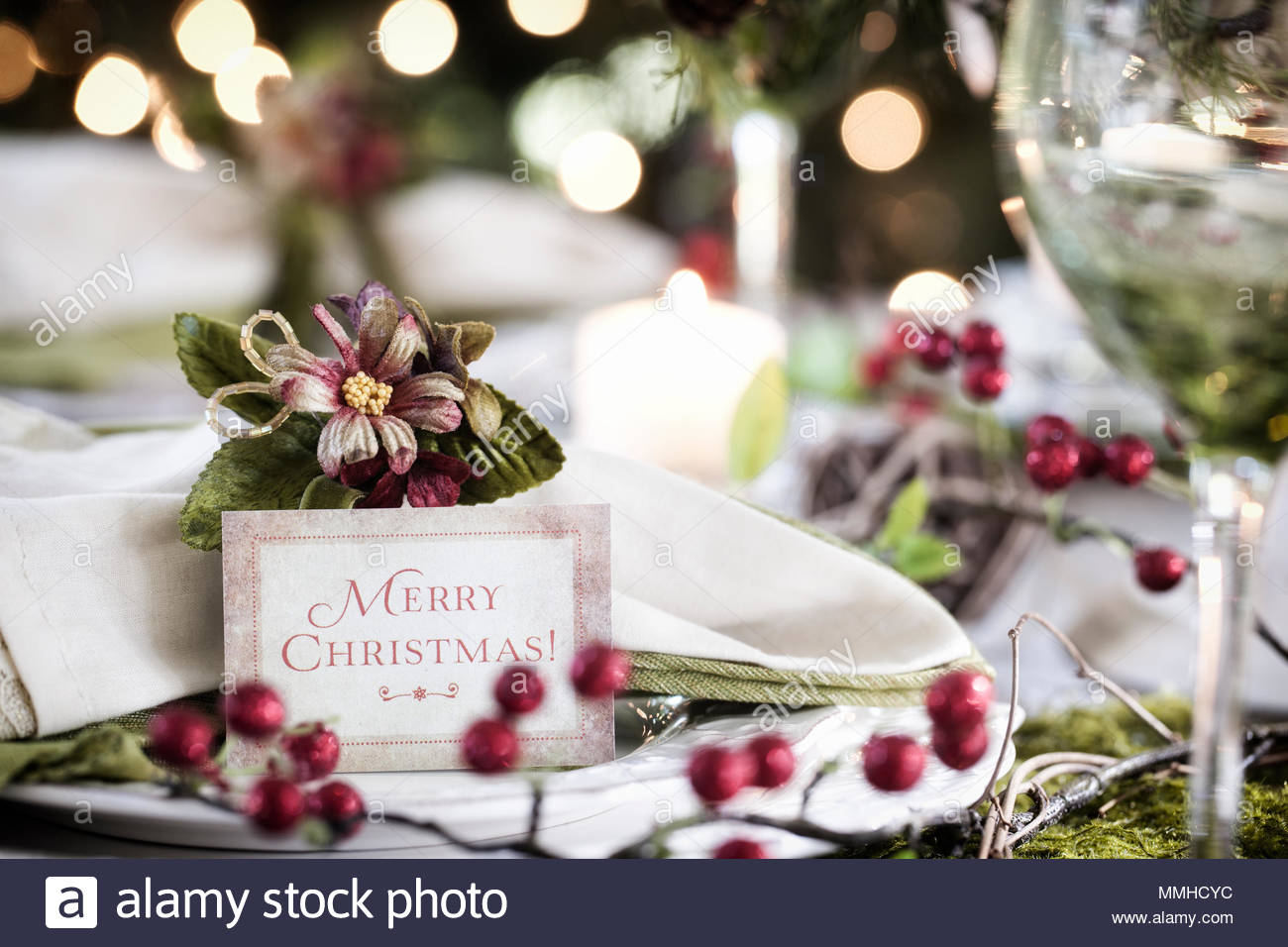 Christmas, holiday, environmentally friendly place setting, dining table - Stock Image