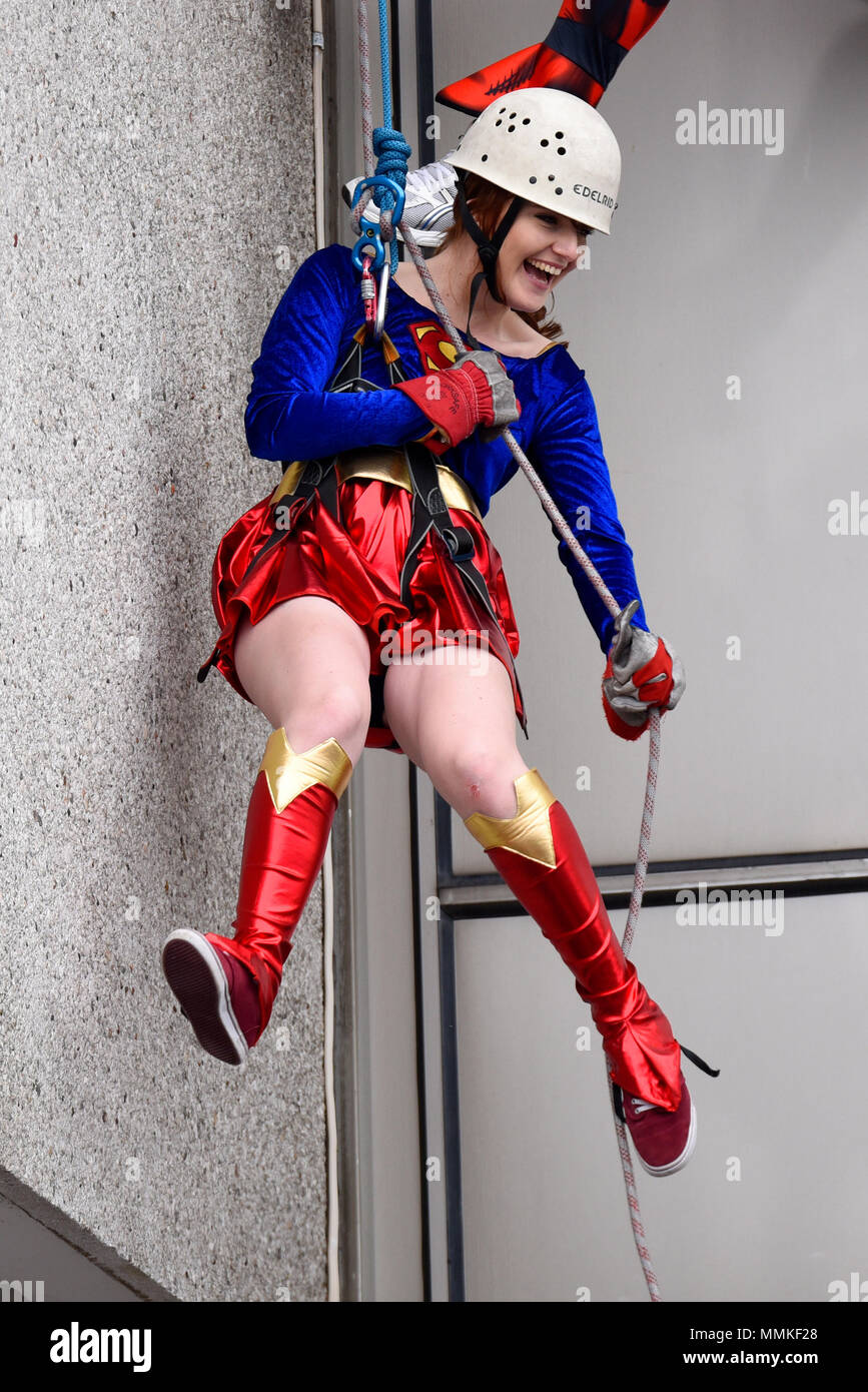 volunteers-abseiling-down-the-side-of-southend-hospitals-154ft-tower-block-to-raise-money-for-charities-with-a-focus-on-wards-and-departments-of-the-nhs-southend-hospital-MMKF28.jpg
