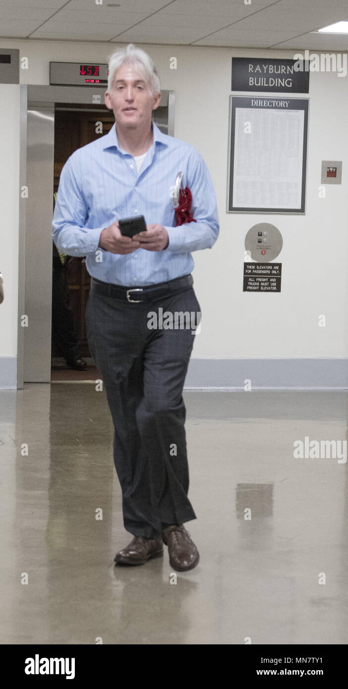 Waits Outside The Wire Center Fa707fmsimplifytuner88108mhzbasicradio459vdccircuitboard March 20 2018 Washington District Of Columbia United States Rh Alamy Com Fire Drill