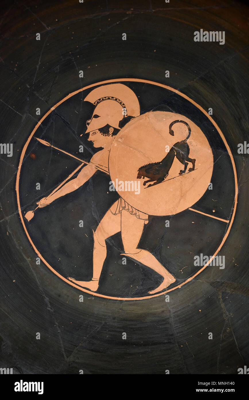 Berlin. Germany. Altes Museum. Attic red-figure Cup / Kylix, Drinking Cup of Oltos: The Death of Patroclus, tondo depicting a warrior, made by the pot Stock Photo
