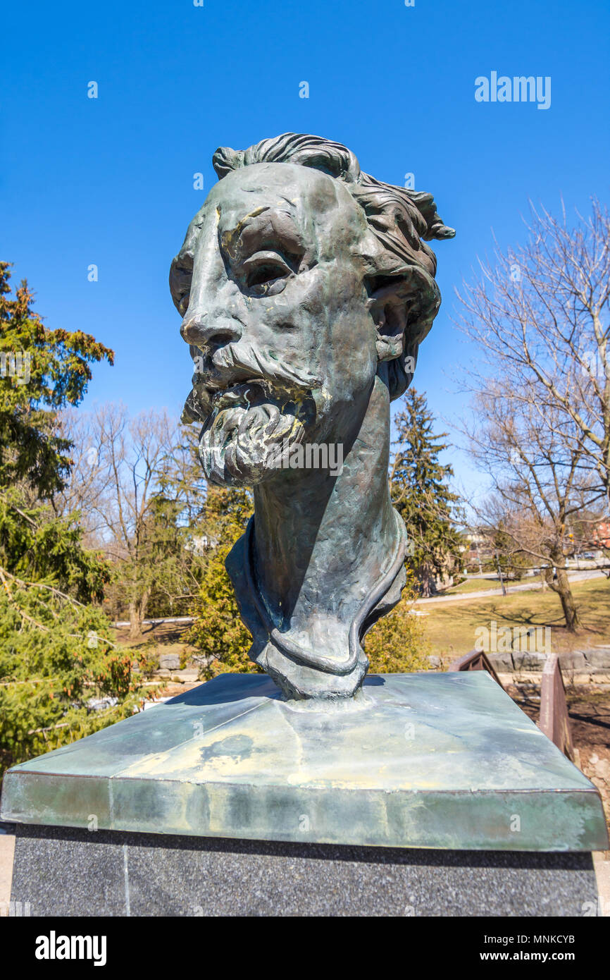 Bronze bust of William Shakespeare, Stratford, Ontario, Canada. - Stock Image