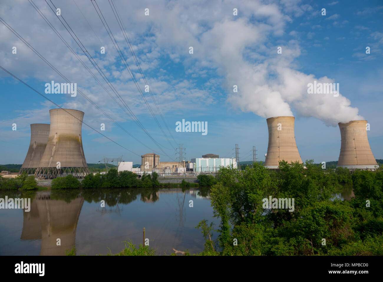 usa-pennsylvania-pa-harrisburg-three-mile-island-nuclear-power-plant-site-the-1979-accident-electric-energy-MPBCD0.jpg