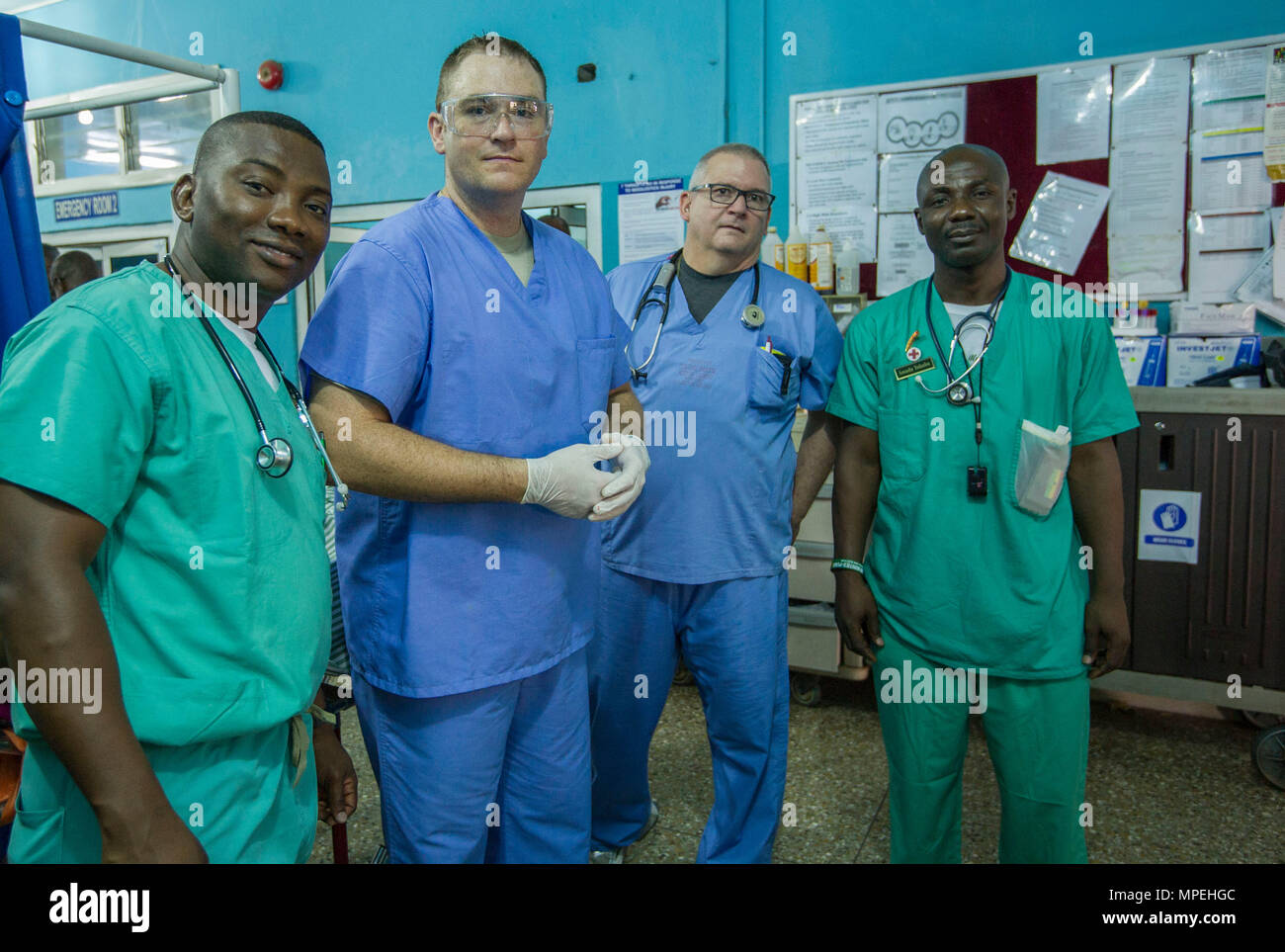US And Ghanaian Medical Professionals Pose For A Photo In The Emergency Room During Readiness Training Exercise 17 2 At 37th Military Hospital