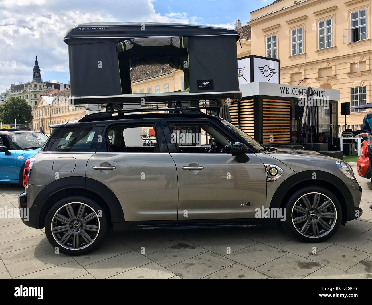vienna-austria-26th-jun-2018-mini-suv-ph