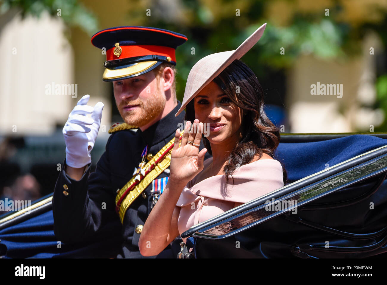 trooping-the-colour-2018-meghan-markle-duchess-of-sussex-and-prince-harry-duke-of-sussex-in-carriage-on-the-mall-london-P0MPWM.jpg