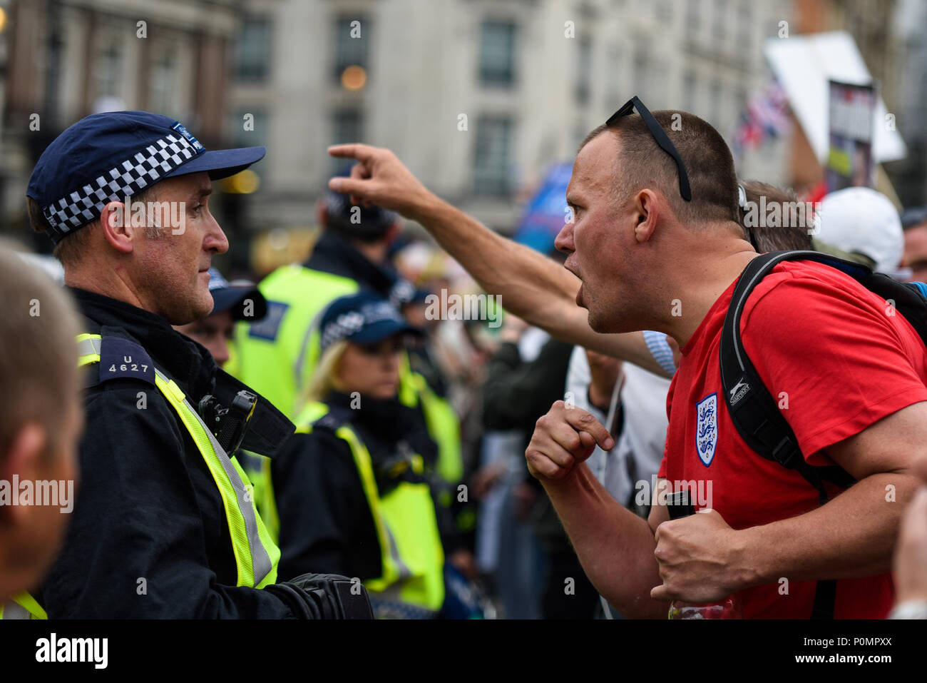 supporters-of-tommy-robinson-such-as-the-edl-protested-in-london-demonstrating-for-his-release-at-times-this-turned-to-violence-against-police-P0MPXX.jpg