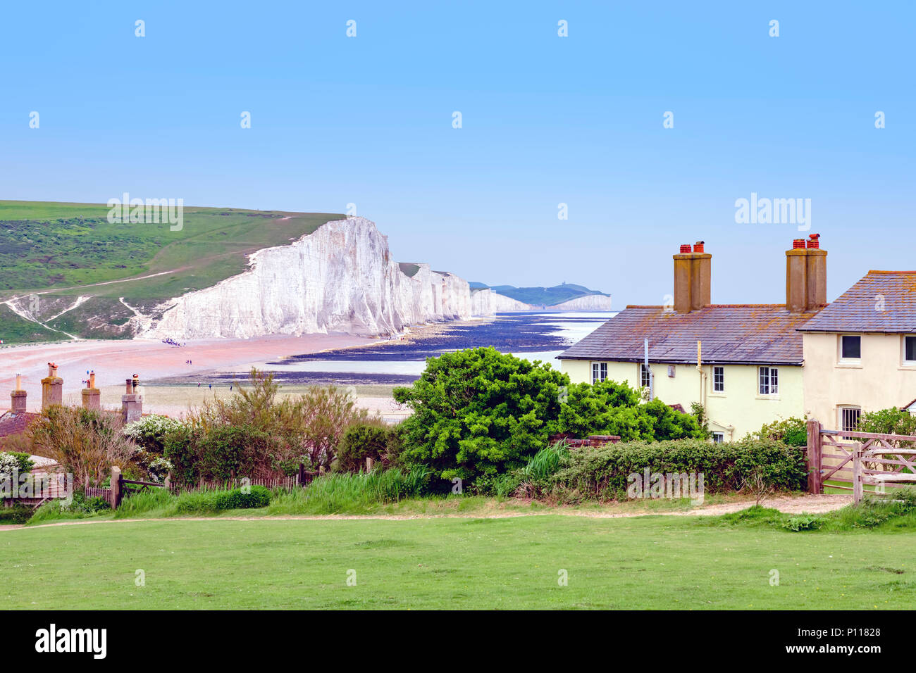coastguard-cottages-at-seaford-head-with