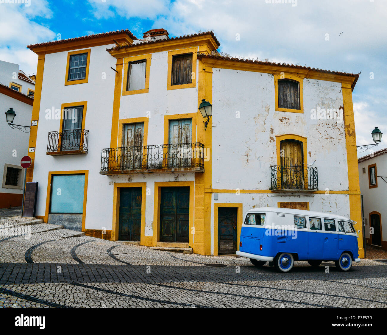 traditional-residential-facades-in-constancia-portugal-with-vw-van-P3F87R.jpg