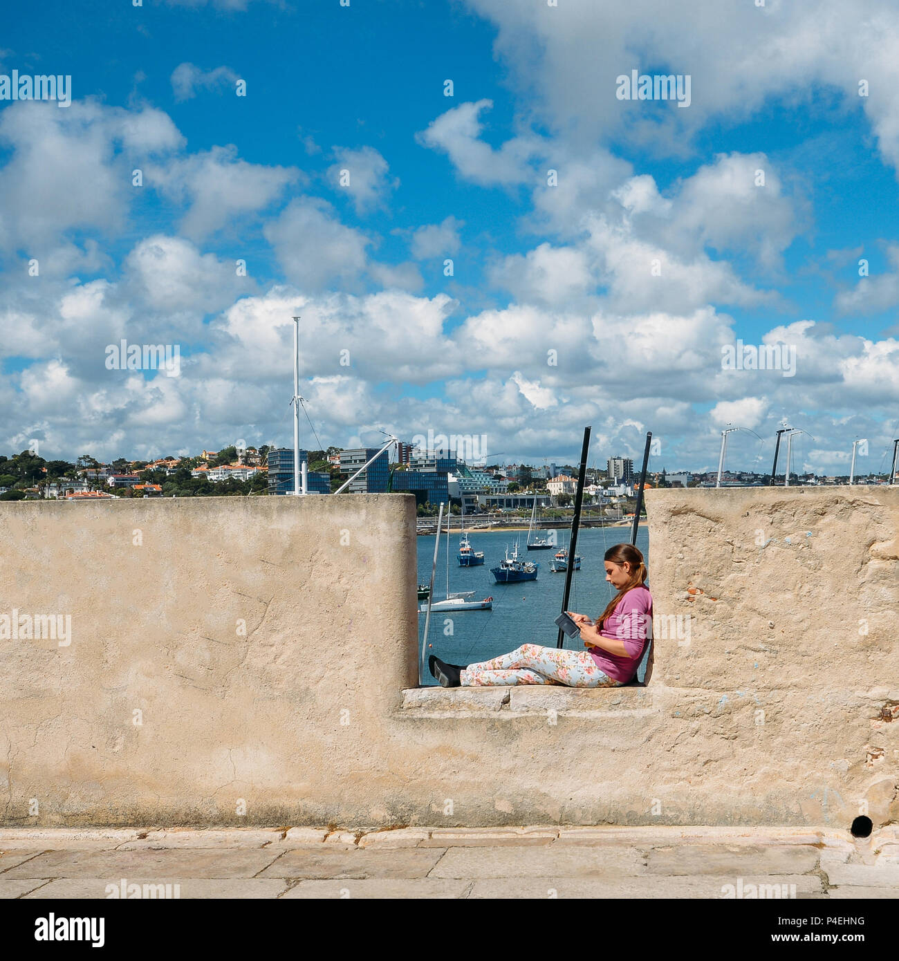 citadel-of-the-coastal-town-of-cascais-P4EHNG.jpg