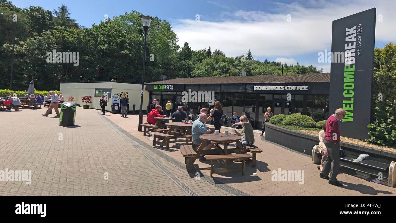 GoTonySmith,@HotpixUK,HotpixUK,M5,pano,panorama,motorway,drivers,sitting,sun,sunny,sunshine,England,English,British,UK,exterior