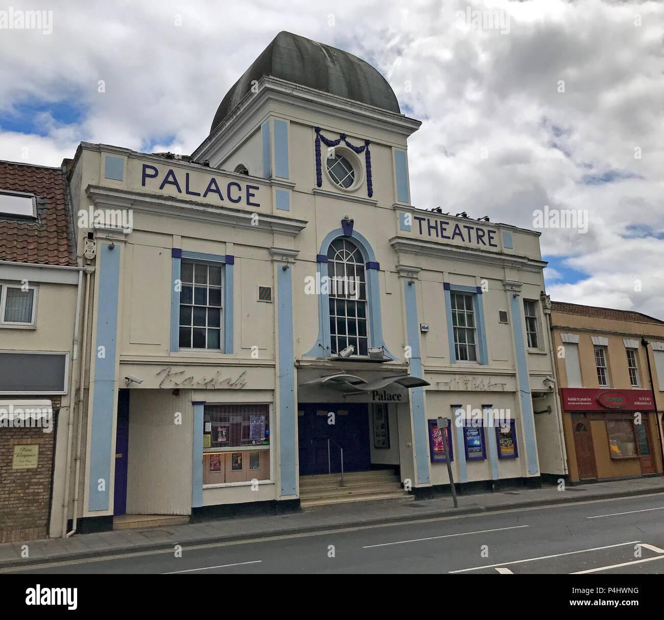 GoTonySmith,@HotpixUK,HotpixUK,Somerset,SDC,town,England,UK,24-26 Penel Orlieu,Bridgwater,building,Nightclub,Bridgwater Town,Moorish,façade,facade,central tower,cinemas,Somerset cinemas,cinema building,Gaumont-British,Gaumont,Barrack Theatre,1916,Bridgwater Nightclub