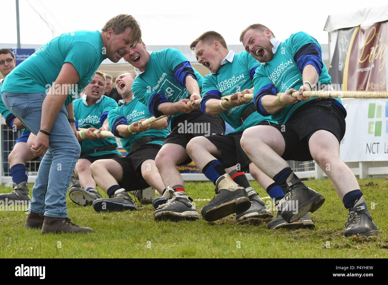 Royal Highland Show, Edinburgh, Scotland:  23 June 2018: Strathearn JAC giving their all in the Young Farmers Tug of War Competition on day three at the Royal Highland Show, Edinburgh Credit: Kay Roxby/Alamy Live News Stock Photo