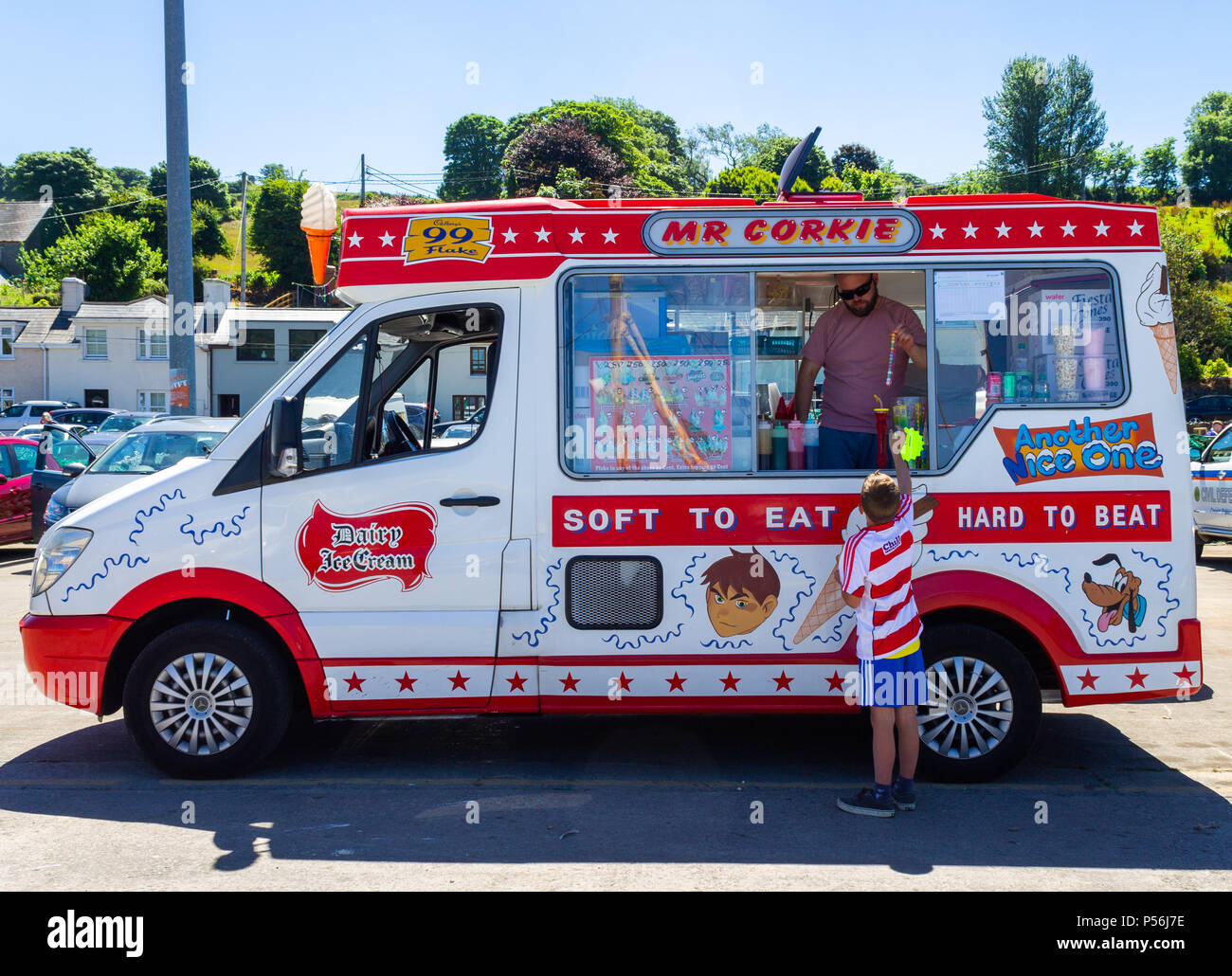 ice-cream-van-with-a-young-boy-buying-an-ice-cream-in-ireland-P56J7E.jpg