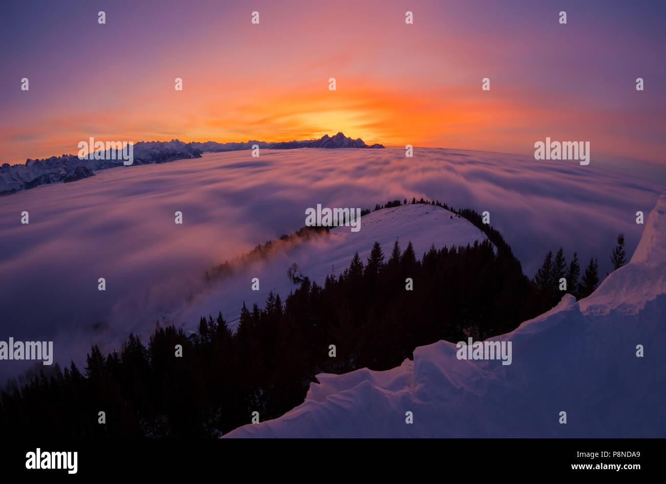 sunset-over-clouds-P8NDA9.jpg