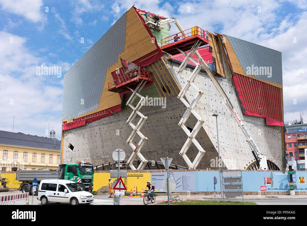 the-construction-of-cladding-on-the-spec