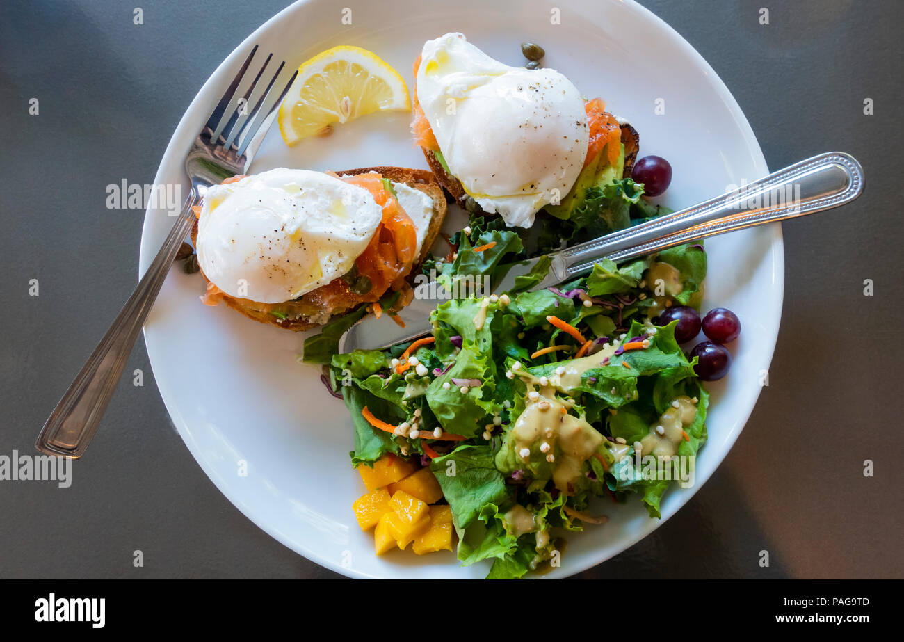 two-poached-eggs-and-smoked-salmon-on-wh