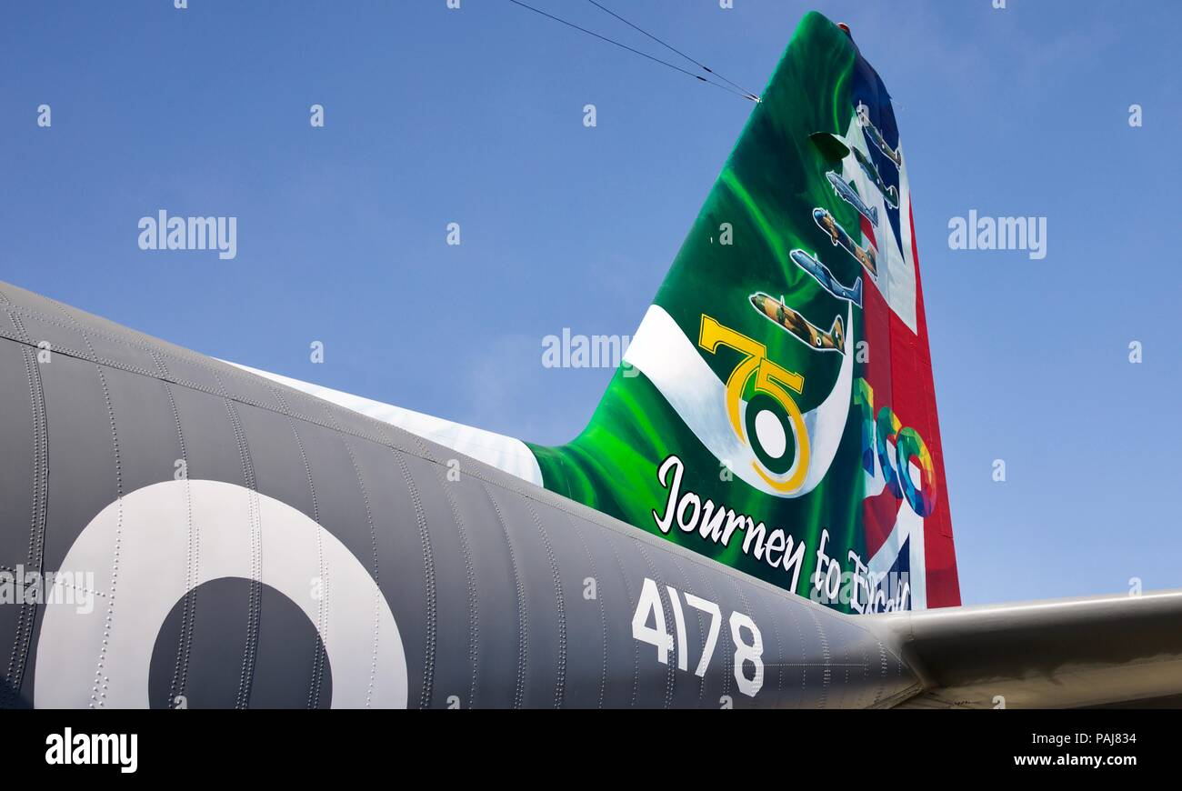Painted tail on a Pakistan Air Force Lockheed C-130E Hercules - Stock Image