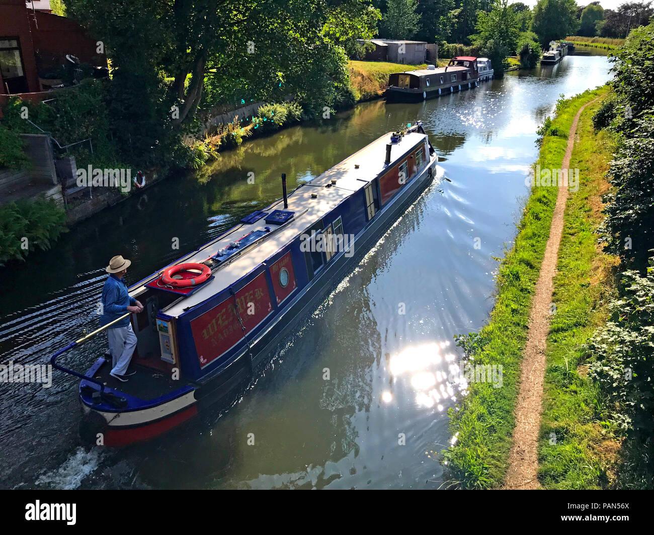 @HotpixUK,GoTonySmith,barge,longboat,Canal boat,at,Cheshire,North West England,UK,WA4,water,navigation,summer,time,summertime,boat,boating,barging,hire,sail,sailing,reflections,towpath