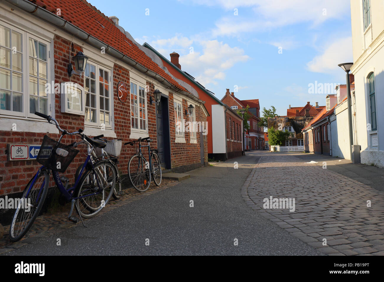 evening-street-scene-from-nordby-on-fan-