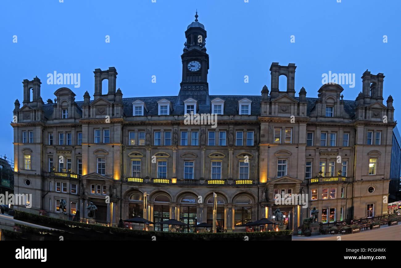 GoTonySmith,@HotpixUK,Leeds England,Yorkshire,City Centre,Leeds night,dusk,night,leeds at night,nighttime,dawn,West Yorkshire,architecture,streets,urban,after dark,Leeds after dark,Yorkshire after dark,county of West Yorkshire,LS1,Leeds City Council,Council