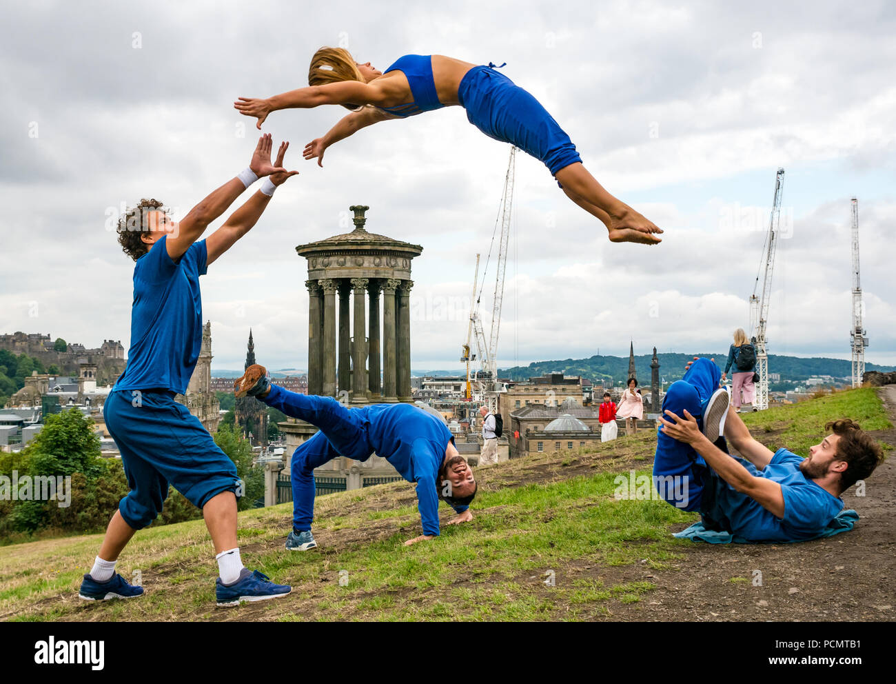 edinburgh-fringe-festival-edinburgh-uk-3