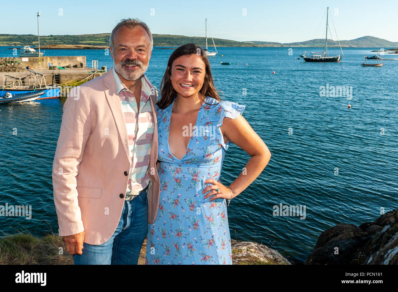 Ahakista, West Cork, Ireland. 3rd Aug, 2018.  As part of the Ahakista August Festival, Graham Norton hosts the Annual Graham Norton Table Quiz.  Special guest, Jennifer Barry (from the Young Offenders), also attended the festival.  The proceeds of the quiz are going to the Ahakista Community Association.  Credit: Andy Gibson/Alamy Live News. Stock Photo