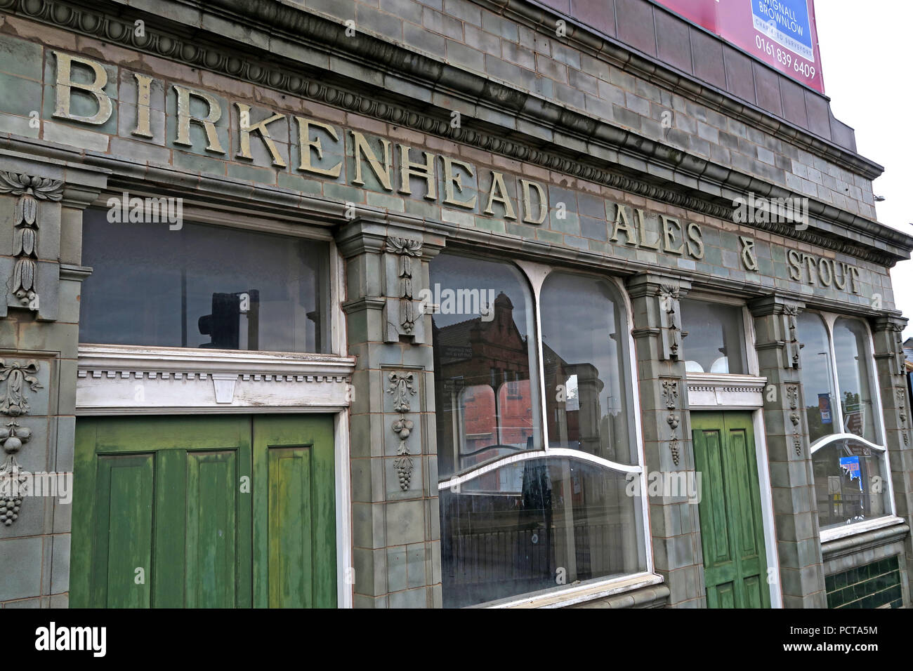 GoTonySmith,@HotpixUK,history,historic,building,United Kingdom,Tiled,tiles,Exterior,Stout,UK,North West,England,Beer,ale,ales,bar,pub,Birkenhead Brewery Co Ltd,Birkenhead Brewery Co,73 Oxton Road,Cooks Brewery,boozer,shut,closed,flats,brewer,Liverbird,logo,Liver Bird,Liver Bird Logo,Trade Mark,Trademark,iconic,iconic pub,tiled pub,tiled bar