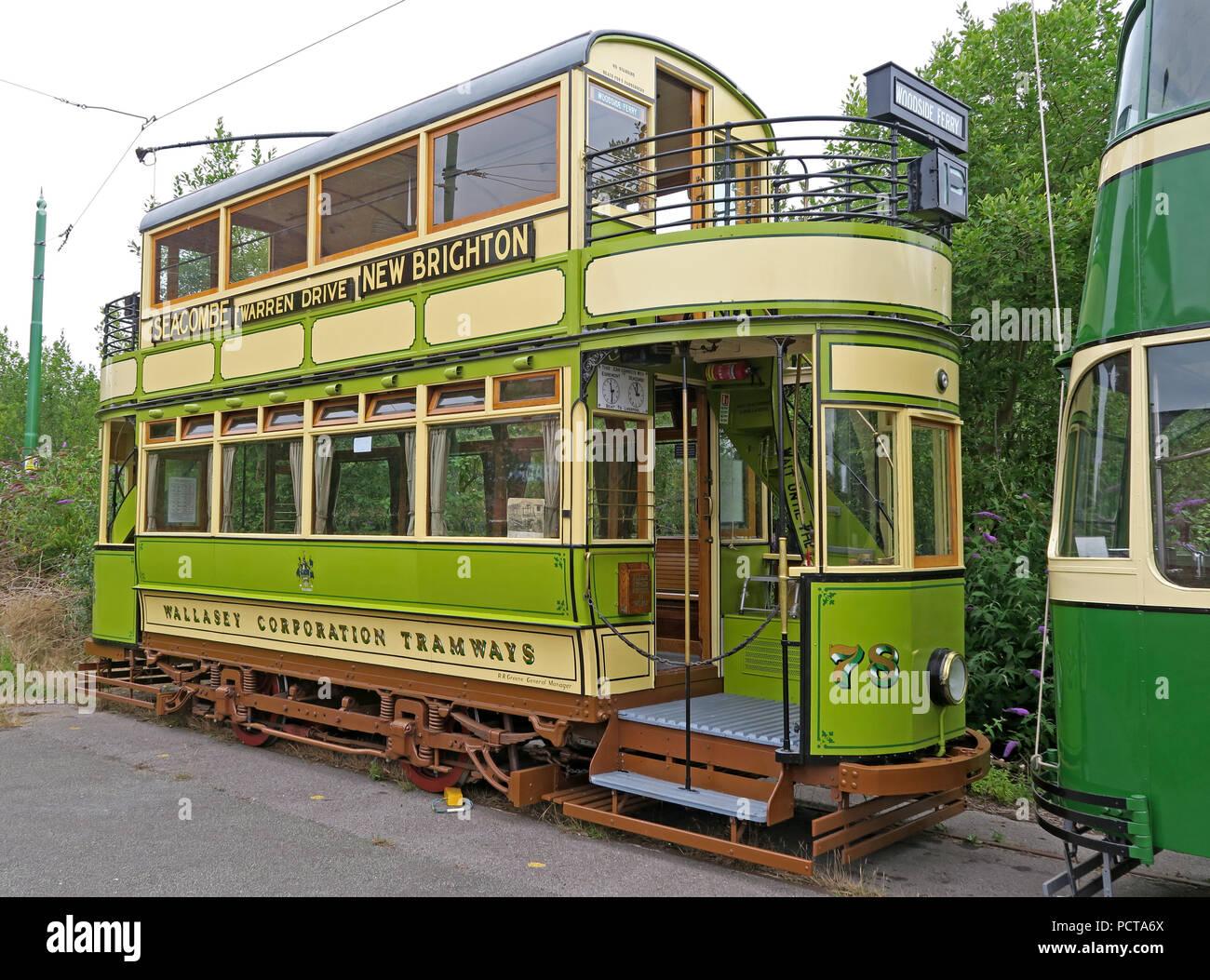 GoTonySmith,@HotpixUK,Transport,tram,trams,Birkenhead,green,cream,creme,north west England,UK,England,public,public trams,public tram,history,historic,electric