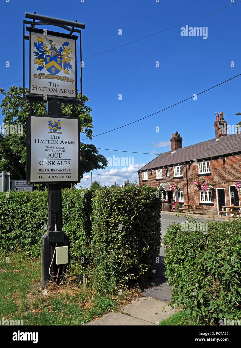 GoTonySmith,@HotpixUK,village,Cheshire villages,North West England,England,UK,Hatton Lane,Hatton Ln,WA4,WA4 4DB,Inn,Warrington,traditional pub,traditional village pub,listed,listed building,grade II,grade2,grade2 listed,Lord Daresbury,local,boozer,Lord Daresburys local,public house,Hatton Post Office,sign,pub sign,pubsign,coat of arms,Hatton Hall,CAMRA,real ale,ales,beers,summer,flowers,spring,Hatton Arms grade II listed pub bar
