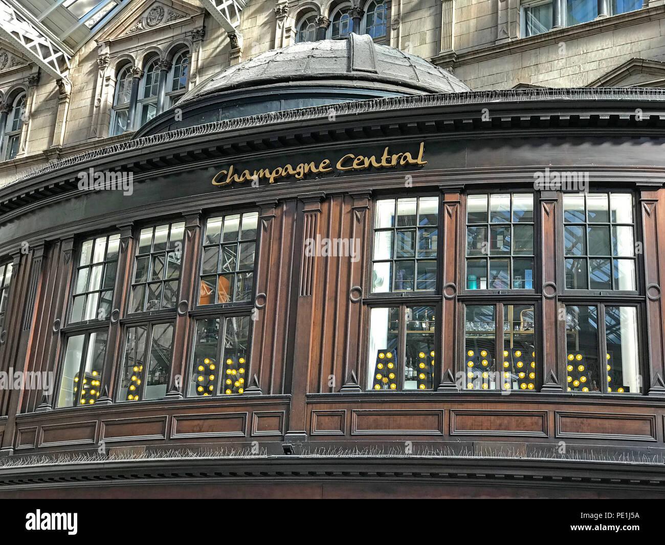 GoTonySmith @HotpixUK,Champagne Central bar,Gordon St,Scotland,UK,GoTonySmith,@HotpixUK,city centre,Gordon street,Gordon st,drinking,tourist,tourism,Champagne,Central,bar,glasgow