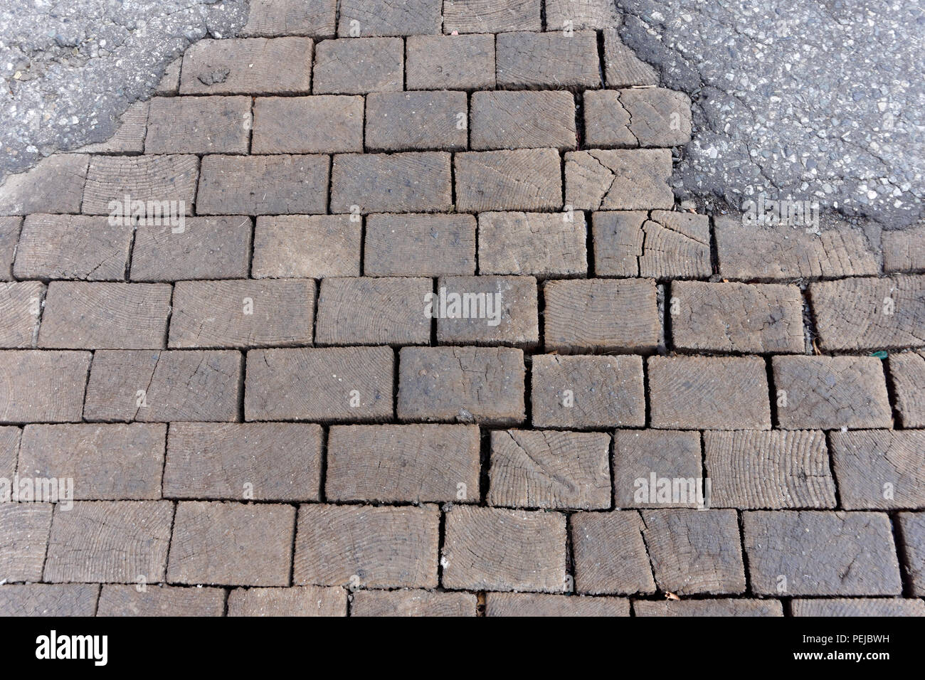 old-wooden-paving-blocks-on-a-street-in-