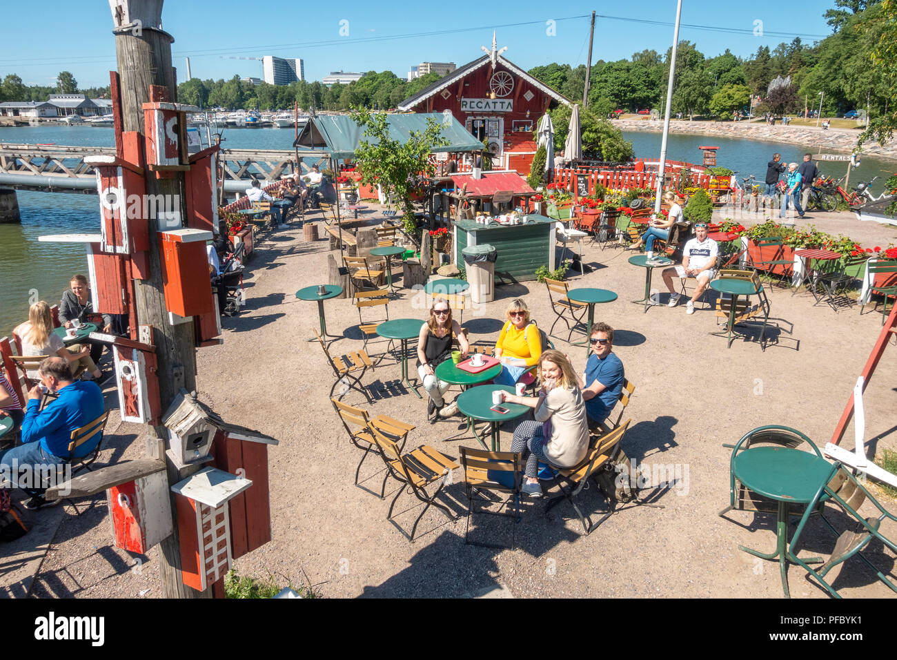 https://c7.alamy.com/comp/PFBYK1/caf-regatta-helsinki-a-quirky-little-waterfront-caf-restaurant-with-a-lovely-outside-terrace-in-helsinki-finland-in-summer-PFBYK1.jpg