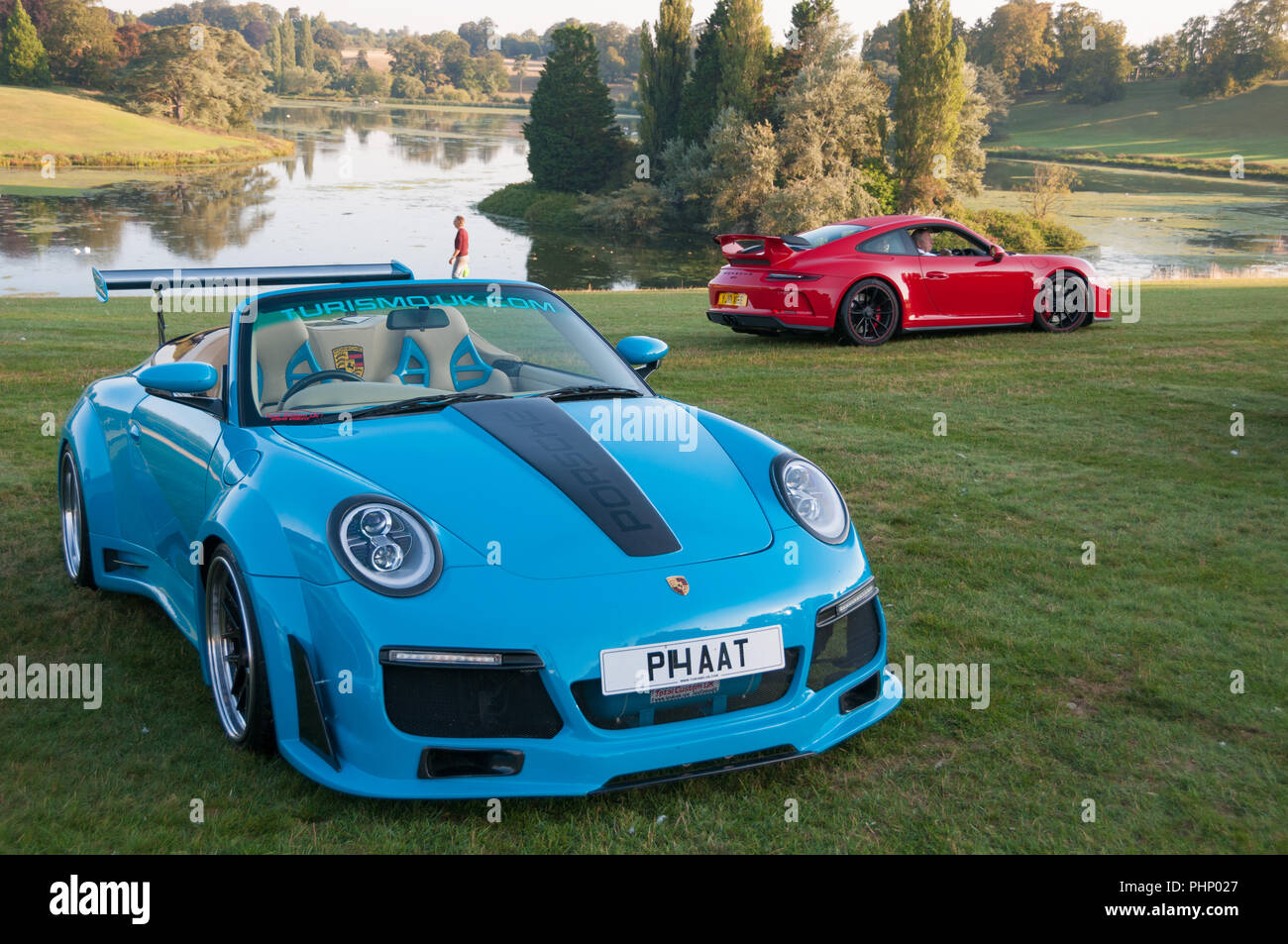 woodstock-oxfordshire-uk-02nd-sep-2018-over-400-porsches-arrive-at-blenheim-palace-salon-prive-concours-blenheim-palace-classic-and-supercar-event-woodstock-oxfordshire-2nd-sep-2018-credit-stanislav-halcinalamy-live-news-PHP027.jpg
