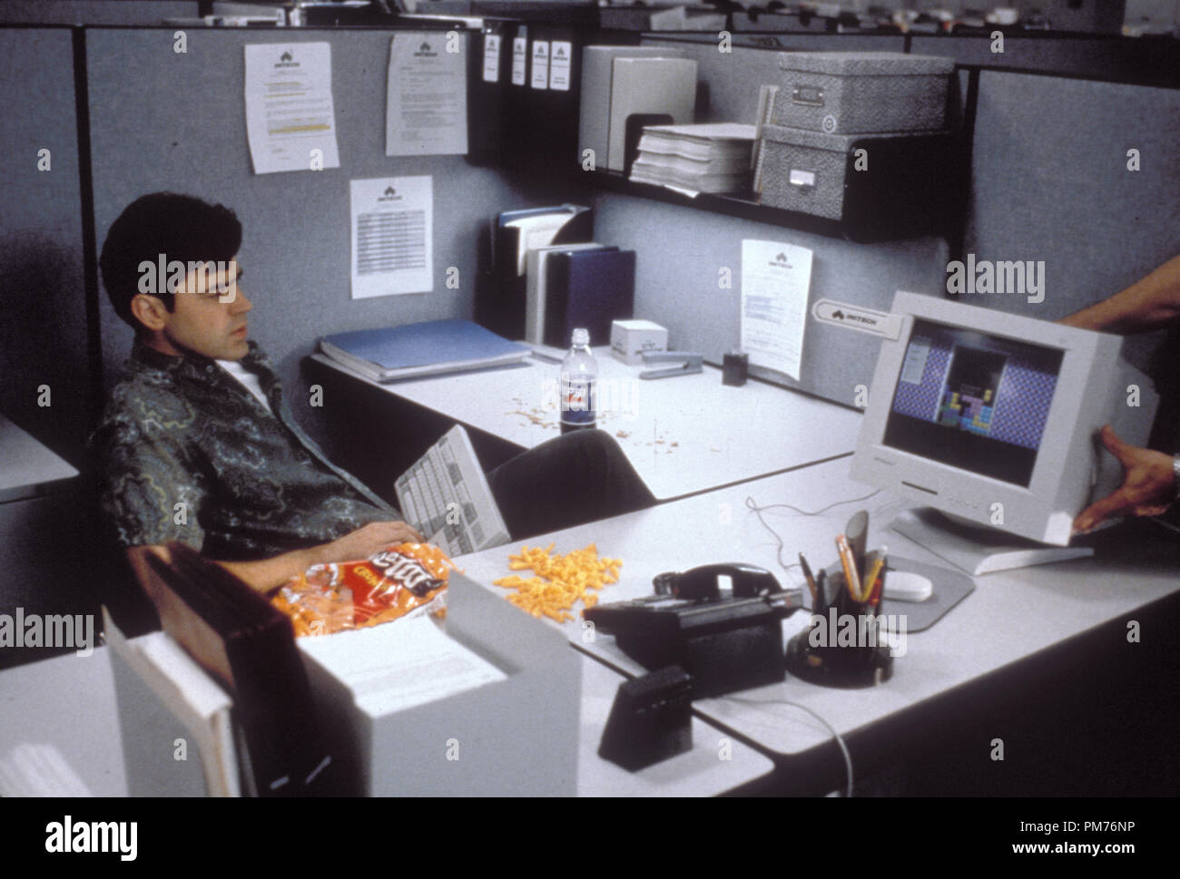 "Film Still / Publicity Still from ""Office Space"" Ron Livingston © 1999 20th Century Fox Photo Credit: Van Redin   File Reference # 30973500THA  For Editorial Use Only -  All Rights Reserved Stock Photo"