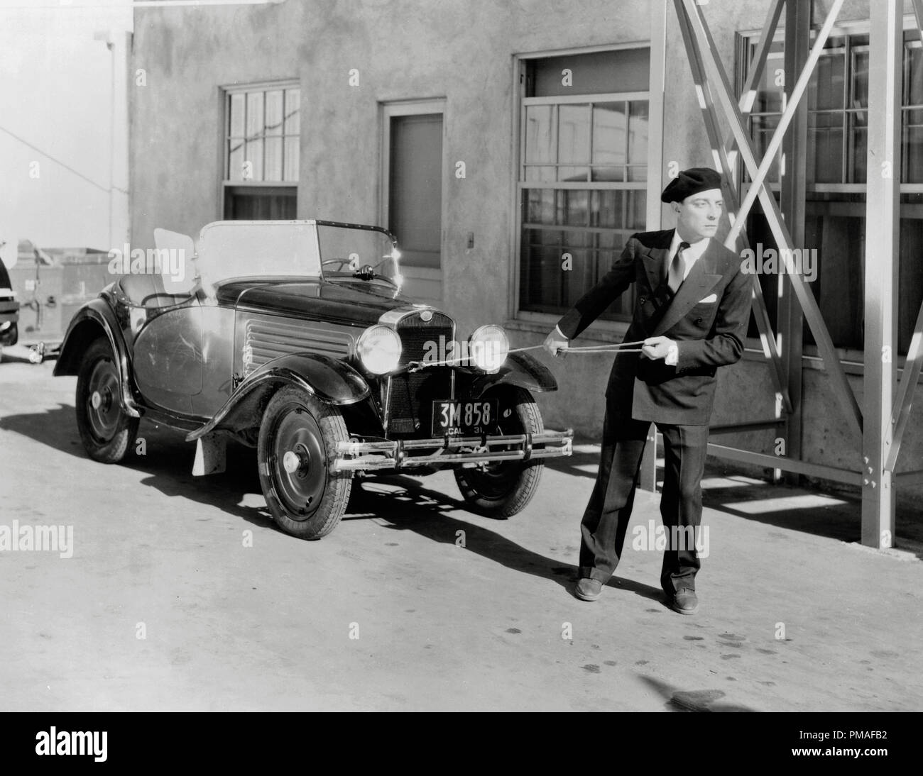 silent-film-comedian-buster-keaton-circa-1920-file-reference-32633-438tha-PMAFB2.jpg