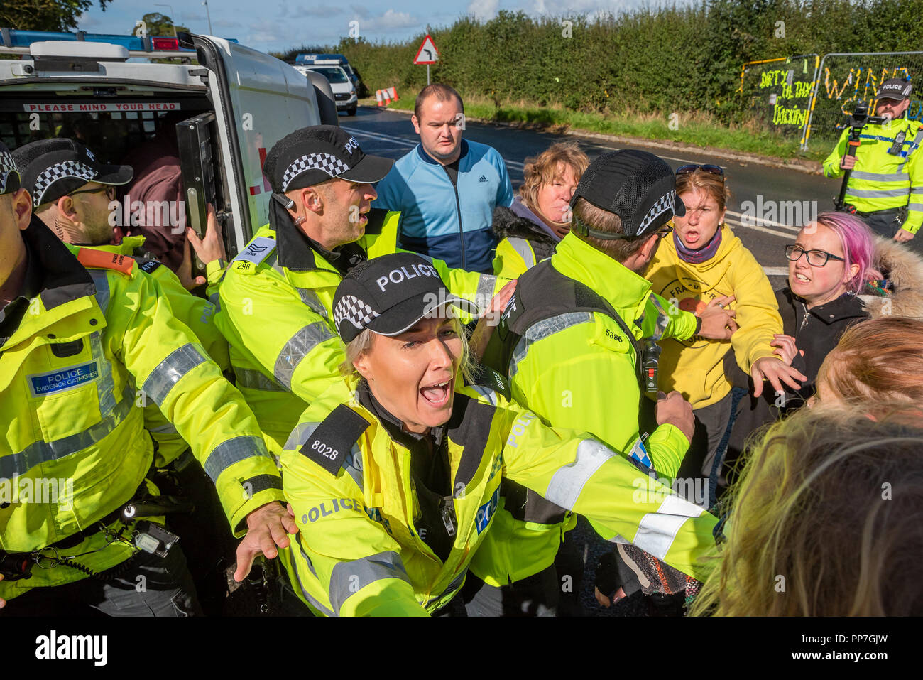 little-plumpton-near-blackpool-uk-24th-september-2018-anti-fracking-demonstration-at-the-cuadrilla-preston-new-road-shale-gas-site-transport-that-arrived-at-the-cuadrilla-site-in-the-early-hours-was-challenged-by-protestors-as-it-left-it-was-believed-one-protestor-was-arrested-credit-stephen-bellalamy-live-news-PP7GJW.jpg