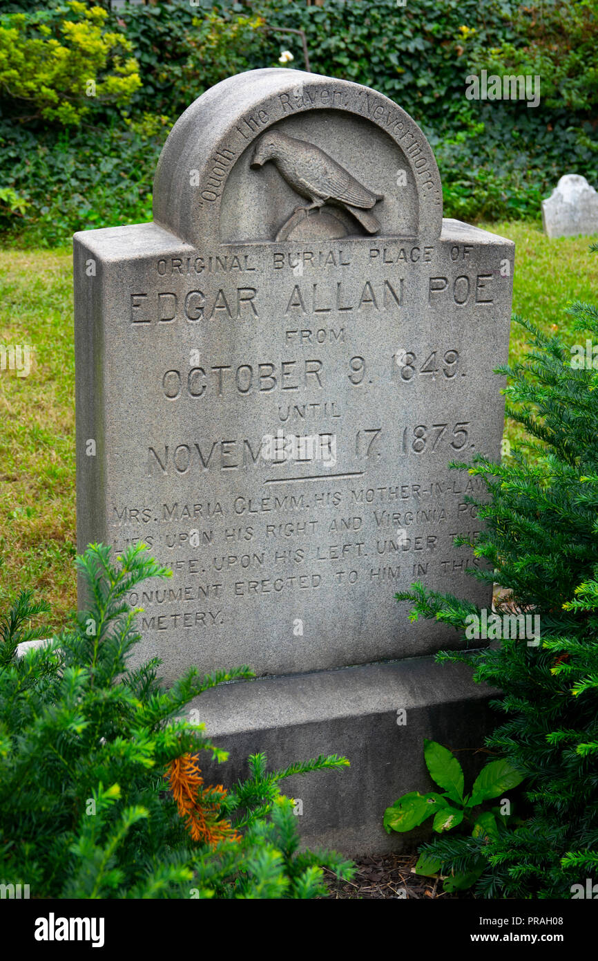 USA Maryland MD Baltimore Grave and burial place of poet author Edgar Allan Poe Stock Photo