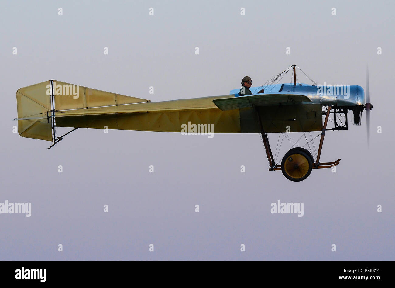 1912-blackburn-monoplane-type-d-the-oldest-airworthy-aircraft-of-british-origin-anywhere-in-the-world-vintage-plane-from-early-days-of-manned-flight-PXB8Y4.jpg