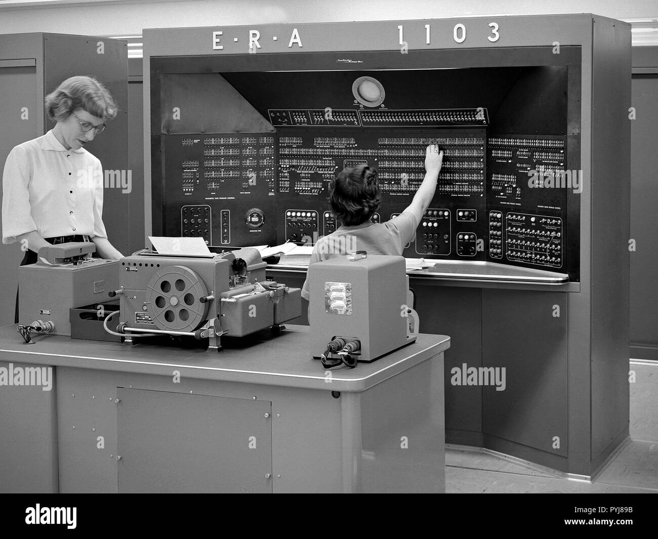 ERA 1103 UNIVAC 2 Calculating Machine ca. 1955 Stock Photo
