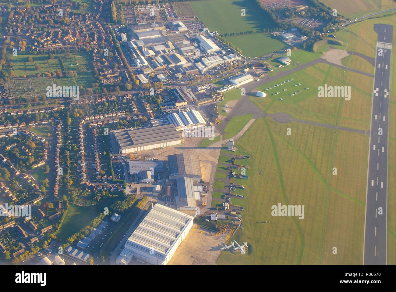 marshall-of-cambridge-viewed-from-a-plane-flying-overhead-marshall-aerospace-and-defence-group-cambridge-airport-aerial-view-space-for-copy-R06670.jpg