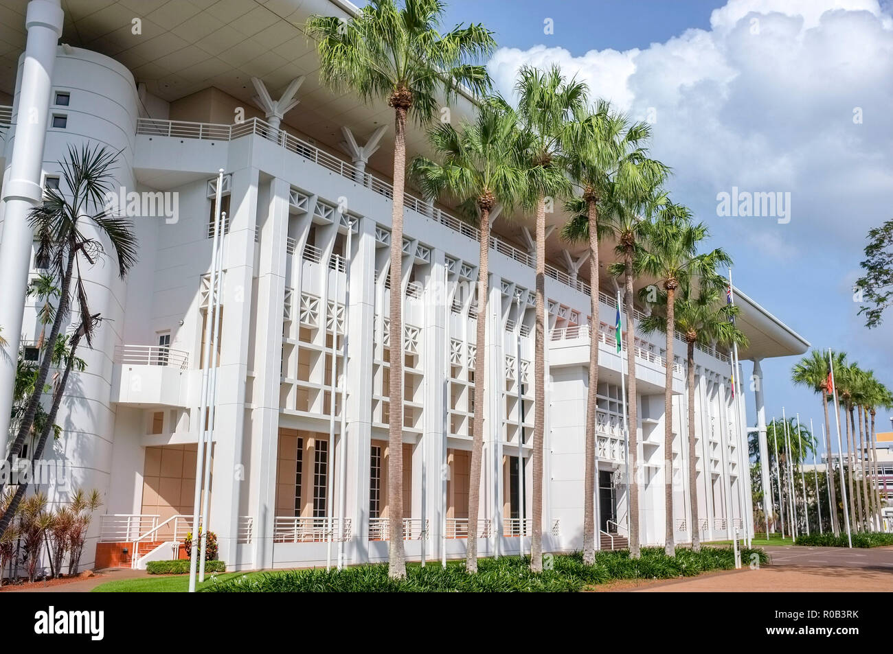 parliament-house-of-the-northern-territory-of-australia-in-darwin-city-nt-australia-R0B3RK.jpg