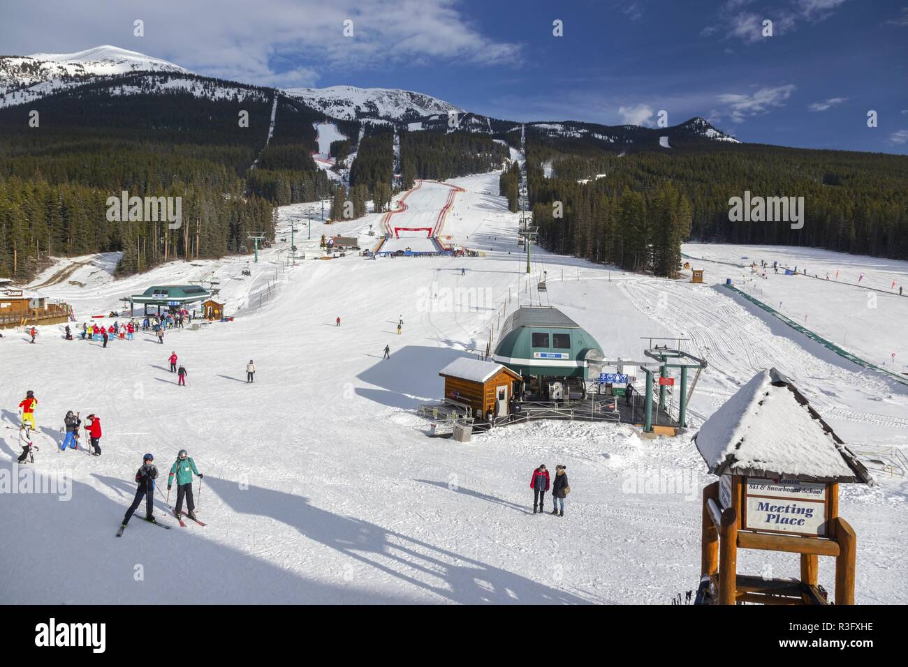 skiers-people-at-snow-slopes-of-lake-lou