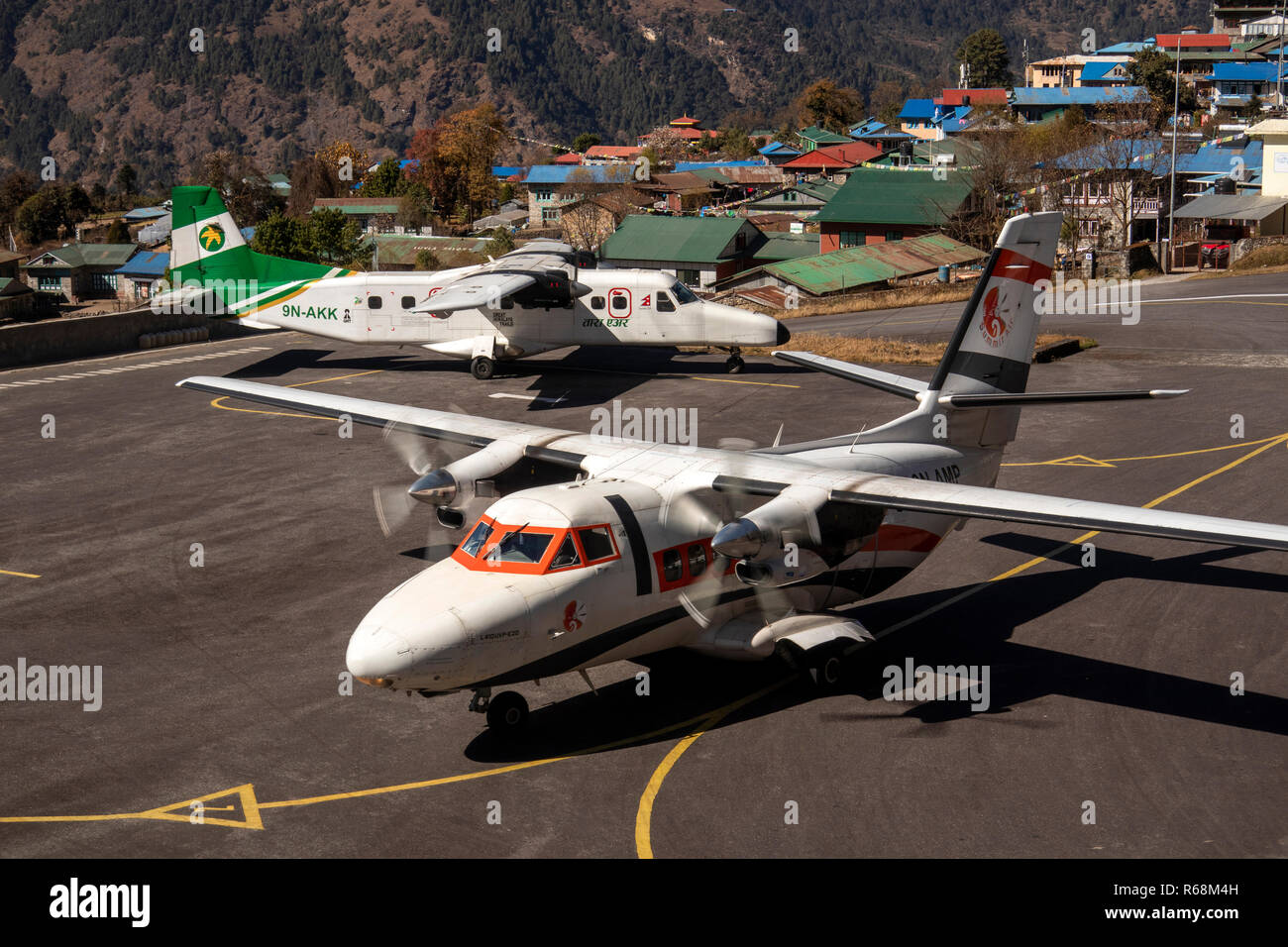 nepal-lukla-airport-summit-air-let-l-410