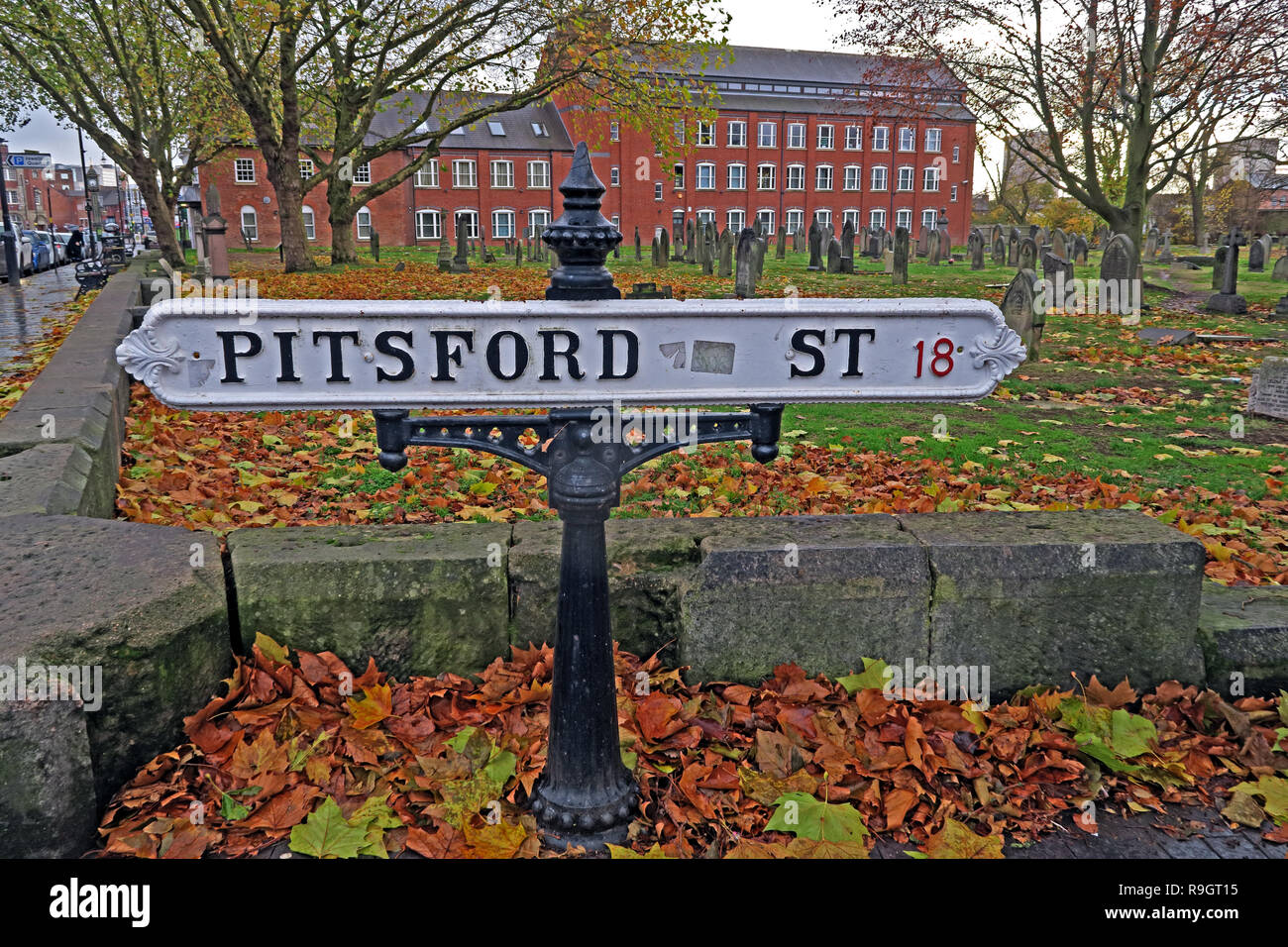 GoTonySmith,@HotpixUK,HotpixUK,England,UK,history,Sign,Cemetery,West Midland,city,centre,Brookfields Cemetery,Mint Cemetery,Hockley,catacomb,autumn,fall,The Friends of Key Hill and Warstone Lane Cemeteries,John Baskerville,Harry Gem,Clement Mansfield Ingleby,John Postgate