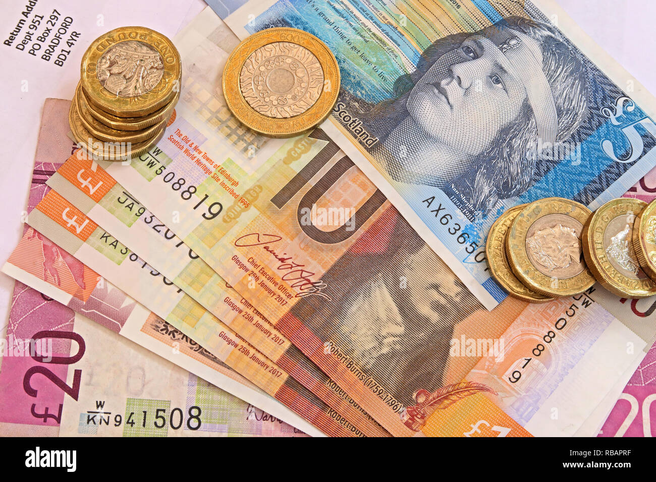 gotonysmith,HotpixUK,@HotpixUK,UK,notes,plastic,currency,10,5,ten,five,pound note,STG,British,bank,banking,accepted,acceptable,currency conversion,sterling,conversion from sterling,investment,budget,save,savings,Clydesdale,RBS,£5,£10,£20,twenty,finance,investments,debt,Universal Credit,cash,black,market,economy,Cash In Hand