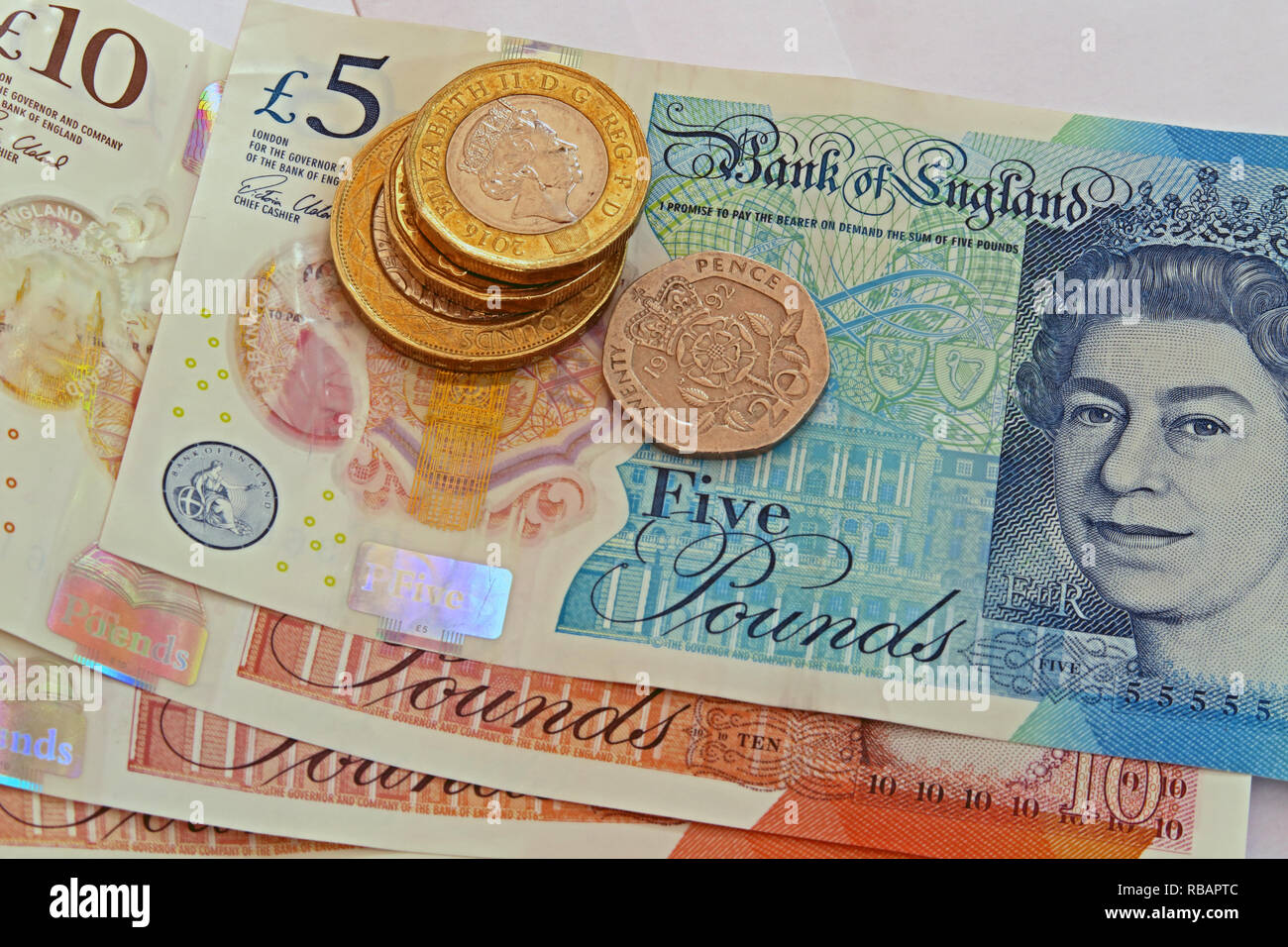 gotonysmith,HotpixUK,@HotpixUK,UK,notes,plastic,currency,10,5,ten,five,pound note,STG,British,bank,banking,accepted,acceptable,currency conversion,sterling,conversion from sterling,investment,budget,save,savings,English,£5,£10,£20,twenty,finance,investments,debt,Universal Credit,cash,black,market,economy,Cash In Hand