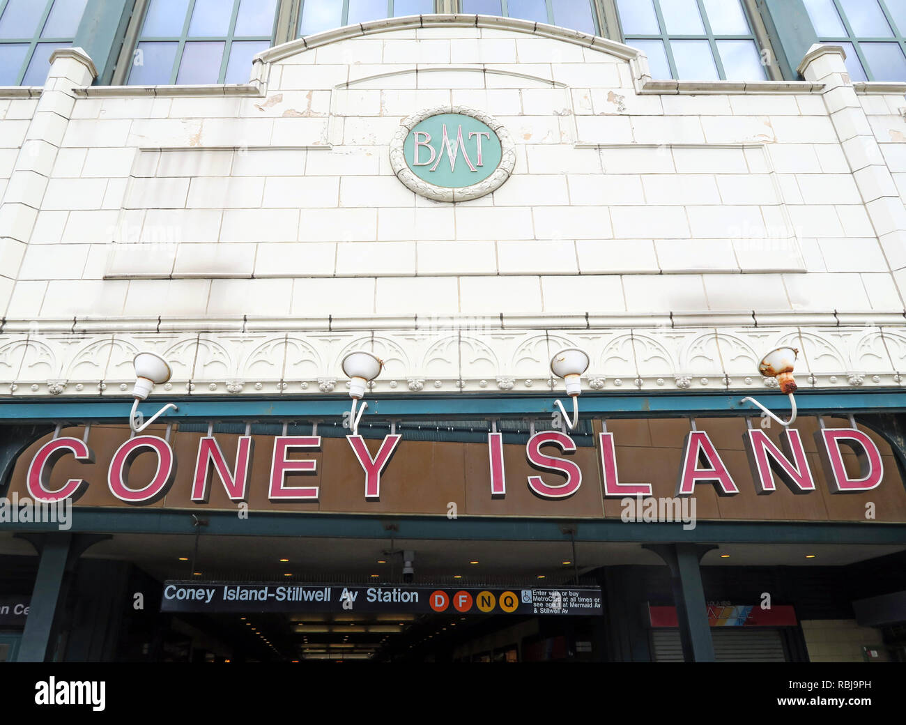 @HotpixUK,HotpixUK,GoTonySmith,NY,NYC,New York City,City,Centre,City Centre,street,USA,United states of America,United States,Brooklyn,Borough Of Brooklyn,peninsular,leisure,entertainment,tourist,tourism,destination,run down,rundown,dilapidated,seaside resort,seaside,US,Fred Trump,Fred,Trump,Thor Equities,parks,NYC Parks,subway,station,New York City Subway terminal in Coney Island