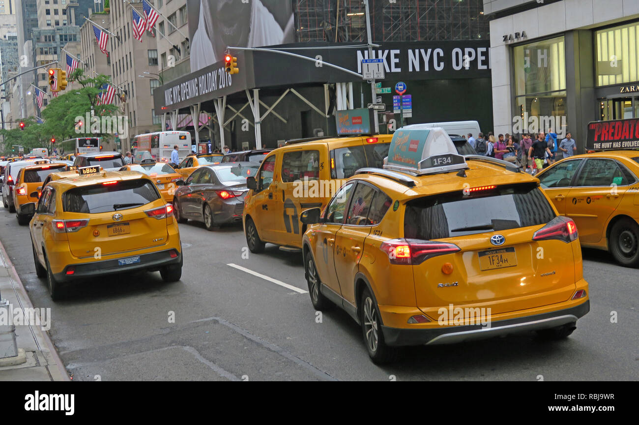 @HotpixUK,HotpixUK,GoTonySmith,NYC,City,Centre,City Centre,street,USA,United States,cab,cabs,yellow,taxi,Road,Uber,Jam,Traffic,Traffic Jam,For,Hire,For Hire,Manhattan,canary yellow,taxicabs,hybrid taxi vehicles,hybrid,TLC,Limousine Commission,hire,vehicles,Medallion,center light,centre,light,center,Toyota,Camry,Hybrid,Prius