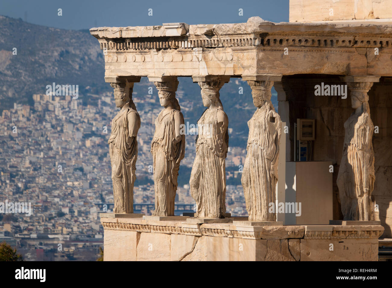 europe-greece-athens-athena-acropolis-erchtheio-pandroseion-columns-of-women-with-the-city-of-athens-in-the-background-REH4RM.jpg